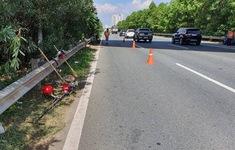 Truy tìm tài xế ô tô tông chết một công nhân rồi bỏ trốn