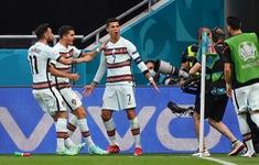 Cris Ronaldo lập kỷ lục ghi bàn không tưởng ở Euro