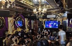 Bất chấp lệnh cấm, 20 đối tượng tụ tập hát karaoke