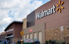 """Walmart - Thành công nhờ phương châm """"bán rẻ-lời nhiều"""""""