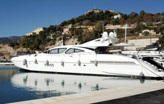 Giới siêu giàu trốn COVID-19, lượng mua siêu du thuyền, máy bay lên kỷ lục