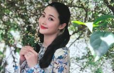 """Vẻ đẹp xinh xắn của """"gái quê"""" Thạch Huyền trong Mùa hoa tìm lại"""