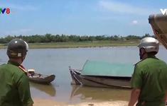 Dùng điện chích cá trên sông, 2 vợ chồng chết thảm