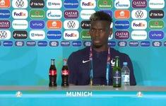 Pogba sẽ không phải ngồi cạnh chai bia tại UEFA EURO 2020