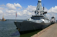 Nga triệu Đại sứ Anh sau sự cố tàu chiến ở Biển Đen