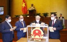 """Quốc hội thống nhất cao về công tác nhân sự, trao """"thượng phương bảo kiếm"""" chống COVID-19"""