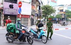 Hà Nội xử phạt nghiêm việc ra đường không lý do chính đáng