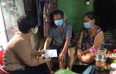 Bảo mẫu, thợ hồ, xe ôm tại TP Hồ Chí Minh nhận hỗ trợ 1,5 triệu đồng/người
