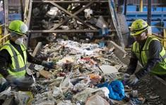 Thu gom, xử lý rác thải mang lại lợi nhuận khủng cho công ty Mỹ