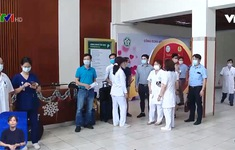 Đoàn bác sĩ Bệnh viện Bạch Mai lên đường hỗ trợ TP Hồ Chí Minh