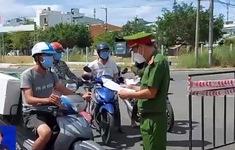 Người dân Đà Nẵng ủng hộ giãn cách theo nguyên tắc Chỉ thị 16