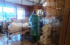 Sáng 26/9, hơn 4.460 ca COVID-19 nặng đang điều trị; 16 tỉnh qua 14 ngày chưa ghi nhận ca mắc trong cộng đồng