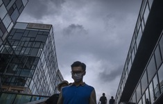 Ghi nhận nhiều ca nhiễm trong cộng đồng, Trung Quốc triển khai các biện pháp mạnh dập dịch