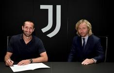 Chiellini ký hợp đồng mới với Juventus