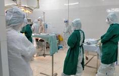 Mổ cấp cứu 2 ca sinh khó, tiền sản giật từ khu vực phong tỏa