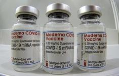Hãng Moderna đề xuất tiêm mũi bổ trợ thứ ba để chống lại các biến thể mới