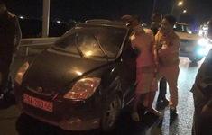Người đàn ông sau xỉn, lái ô tô bỏ trốn khỏi khu cách ly