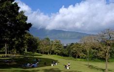 """""""Thiên đường du lịch"""" Bali nhộn nhịp trở lại sau nới lỏng"""