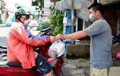 Chờ 2 tiếng, thưởng thêm tiền vẫn khó tìm được shipper ở TP Hồ Chí Minh