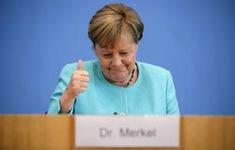 Thủ tướng Angela Merkel - biểu tượng nữ quyền của thế giới, người mẹ trong lòng người dân Đức