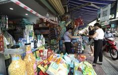 """Nới lỏng giãn cách, người dân Hà Nội mua bán """"vui như Tết"""""""