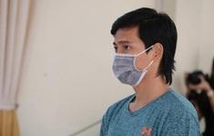 Phạt tù thanh niên vào khu phong tỏa thăm bạn gái, dùng dao chém công an