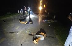 Nhiều xe máy lao vào nhau, 5 người thiệt mạng