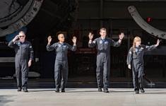 """Các """"du khách vũ trụ"""" đầu tiên chia sẻ gì khi trở lại Trái Đất?"""