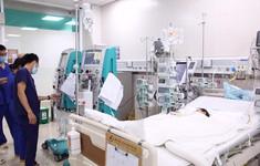 Bé trai 3 tuổi viêm cơ tim cấp sau cơn sốt nhẹ