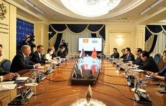 Nga sẵn sàng chuyển giao công nghệ sản xuất vaccine Sputnik V cho Việt Nam