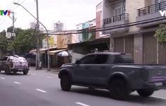 Đội phản ứng nhanh xe bán tải miễn phí vận chuyển tới các điểm cách ly