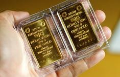 Bất ngờ lao dốc, giá vàng mất mốc 57 triệu đồng/lượng