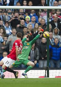 """Dư âm derby Manchester: Yaya Toure, sai lầm của trọng tài và bầy """"Quỷ đỏ"""" non nớt"""