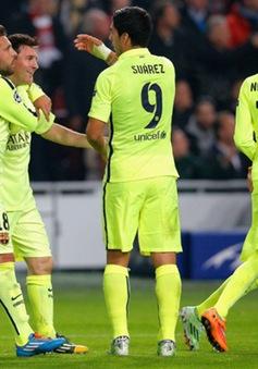"""Messi đi vào lịch sử Champions League, Xavi ca ngợi """"đàn em"""" hết lời"""
