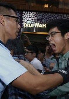 Hong Kong: Đụng độ giữa người biểu tình và cảnh sát