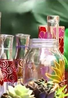 Sáng tạo nghệ thuật từ vỏ chai phế liệu