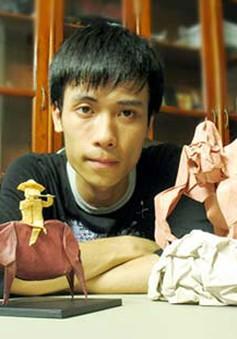 Chàng trai Việt nổi tiếng nhờ tài gấp giấy Origami