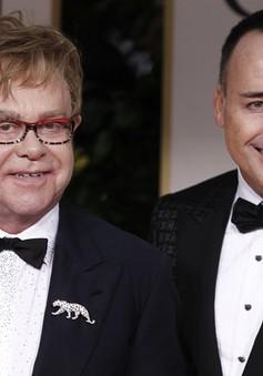 Elton John làm đám cưới với người tình đồng giới