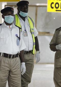 Các nước triển khai biện pháp phòng ngừa Ebola
