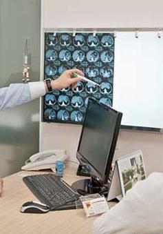 Bệnh viện Bệnh nhiệt đới Trung ương tầm soát viêm gan virus C miễn phí