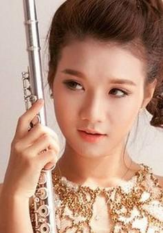 """Nghệ sĩ flute 9X xinh đẹp """"thổi"""" sức trẻ vào âm nhạc cổ điển"""