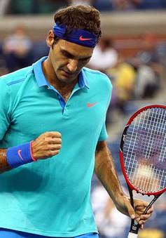 Federer lầm lũi vào vòng 4 US Open trong ngày mưa