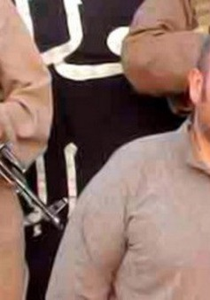 Con tin người Pháp được al-Qaeda trả tự do
