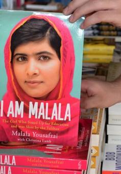 """Gặp cô gái """"dũng cảm nhất thế giới"""" giành giải Nobel Hòa bình"""