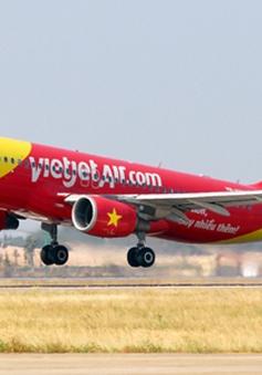 Đình chỉ tổ bay VietJet Air vì hạ cánh nhầm đường băng