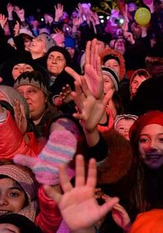 Người dân Donetsk tất bật chuẩn bị đón năm mới