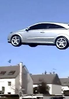 Ấn tượng ôtô bay đầu tiên trên thế giới