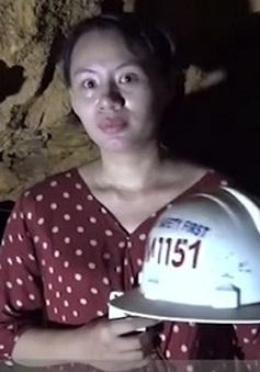 """PV tác nghiệp tại bãi vàng Khe Đương: """"Tôi dẫn hiện trường nhanh vì quá sợ!"""""""