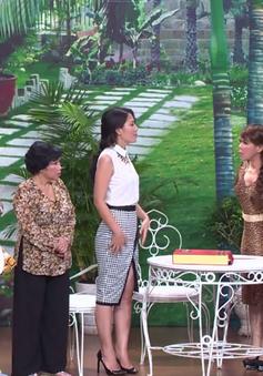"""Hoài Linh, Việt Hương """"kết đôi"""" ông bà chủlàm khó khách mời"""