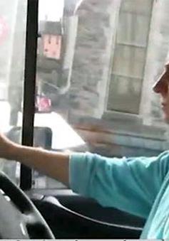 Mỹ: Nữ tài xế xe tải ngày càng tăng